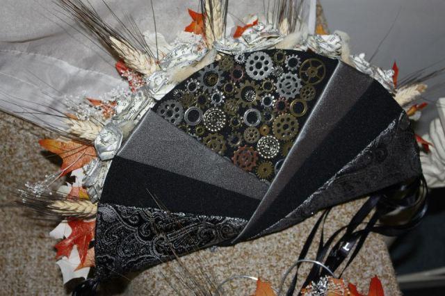 Steampunk bouquet fan